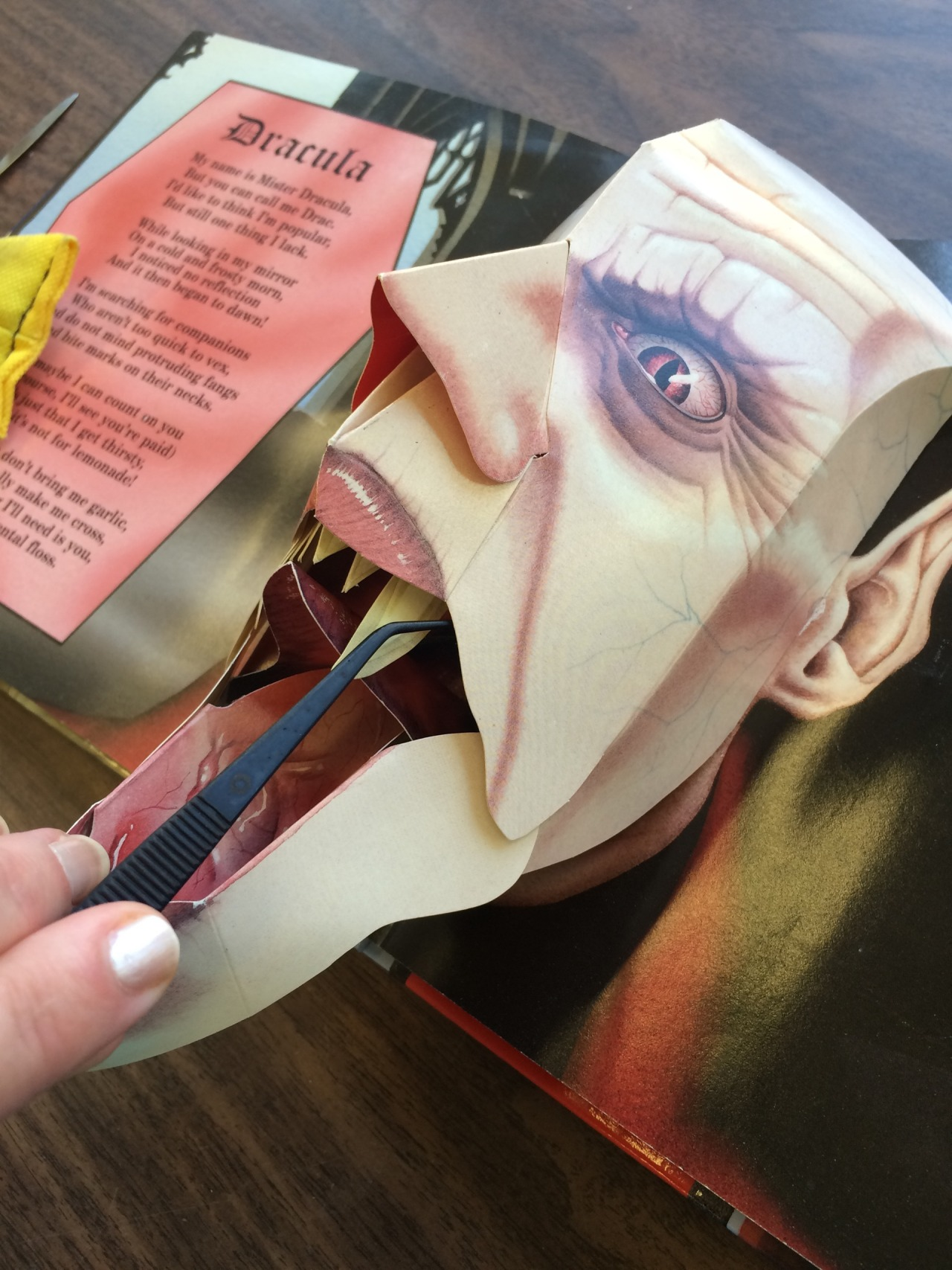 Pop-up book vampire dentistry