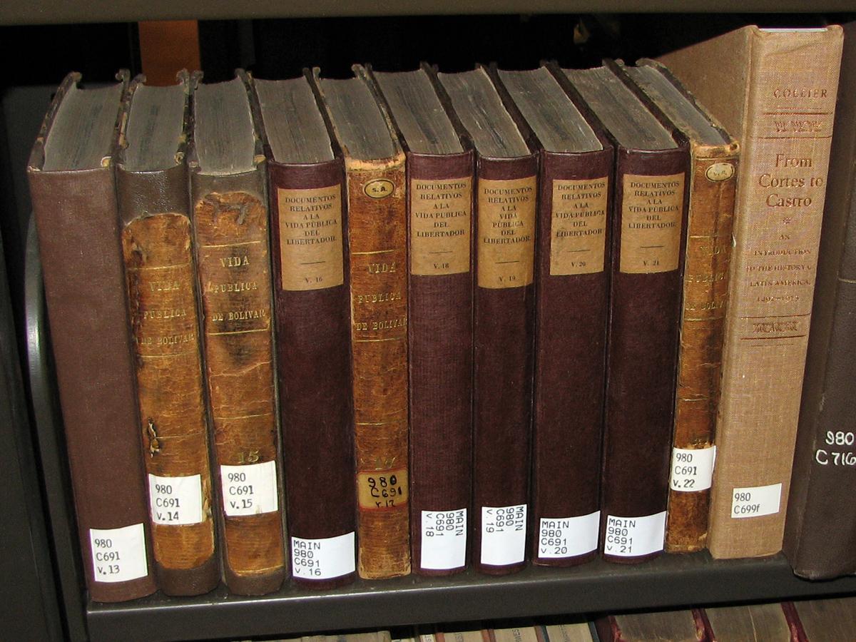 "Batch treatment of ""Colecction de Documentos relativos a la vida publica del liberatador de colombia y del peru Simon Bolivar"""